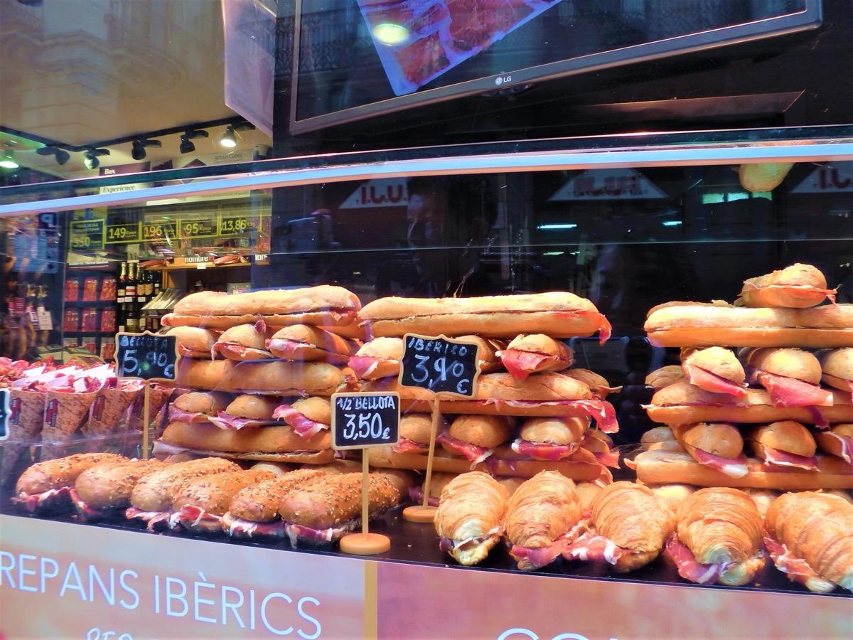 スペイン風のサンドイッチ