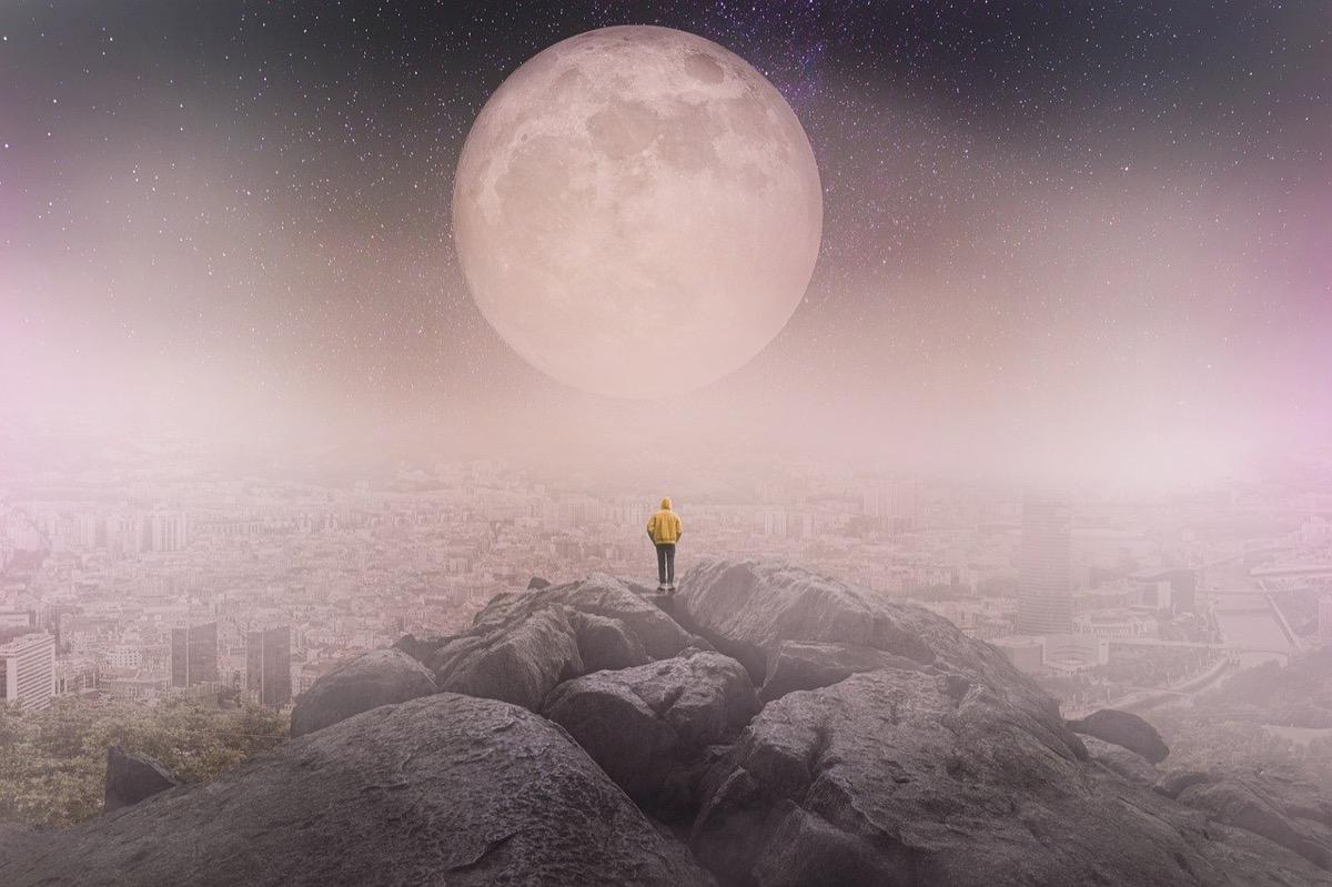 moon-5379994_1280