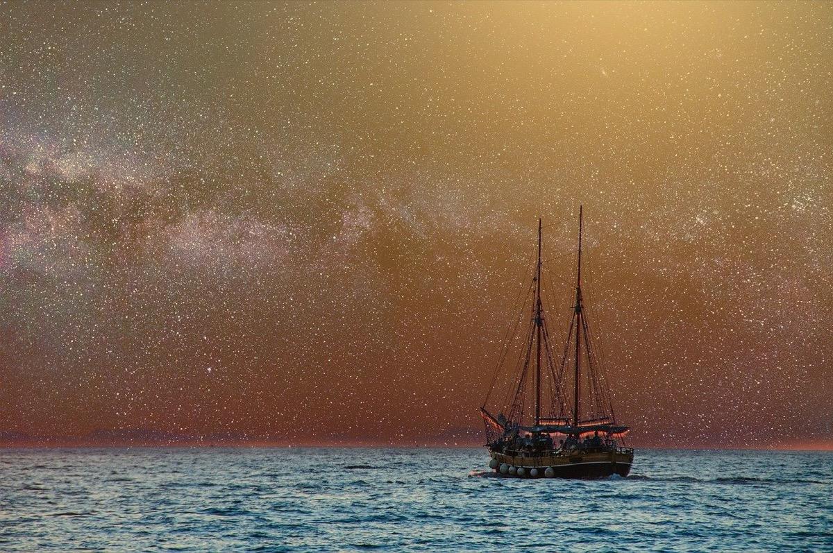 ship-2804076_1280