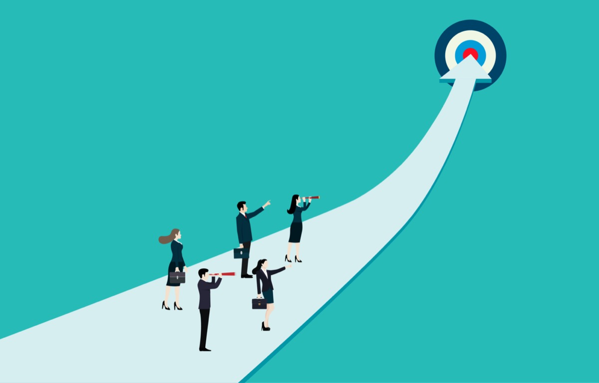freepik-business_group_on_arrow