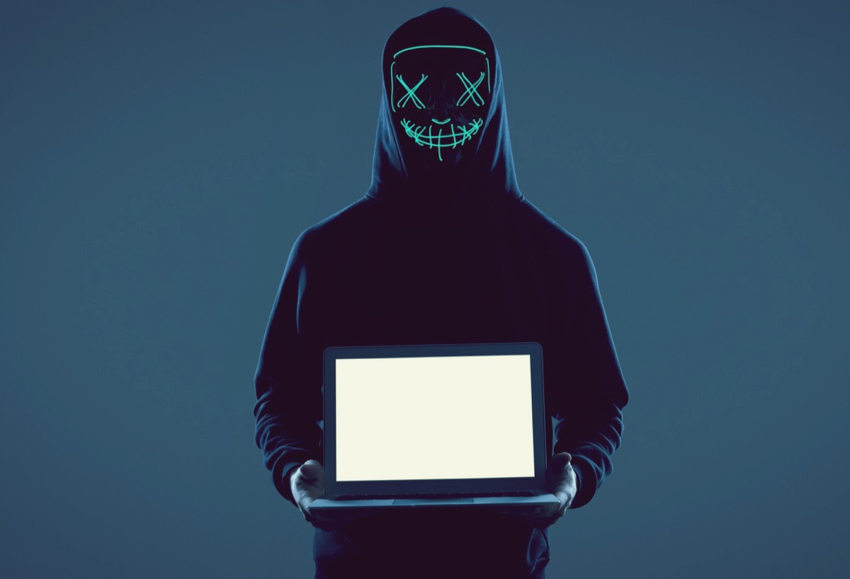 freepik-anonymous-man-in-a-black